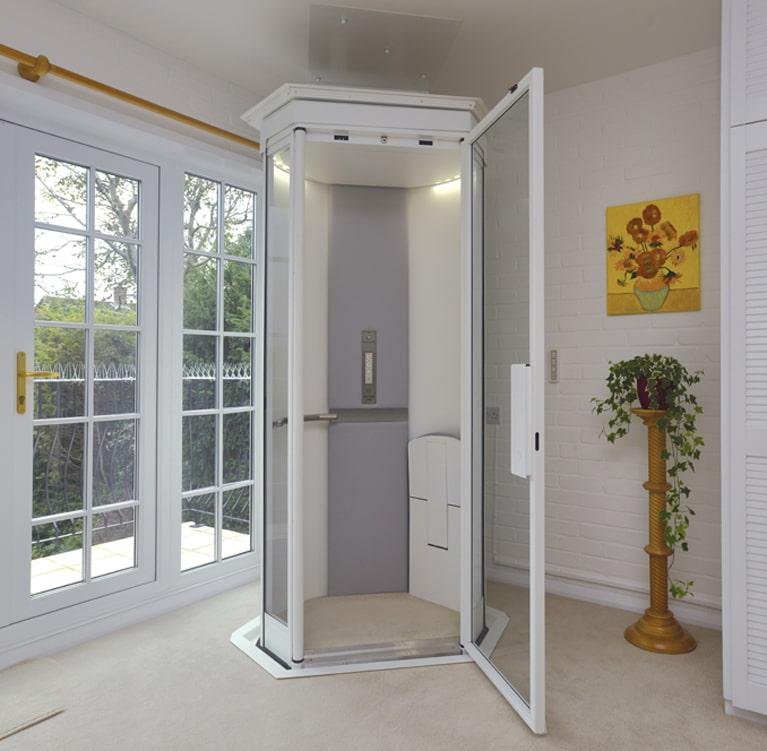 Thang máy gia đình cửa mở tay và cửa mở tự động