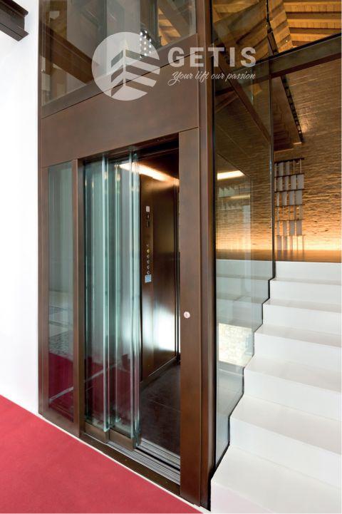 mẫu thang máy gia đình cho nhà 3 tầng