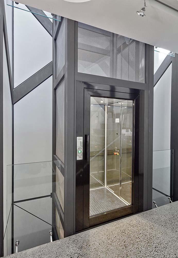 Dự án thang máy vách kính getis tại Văn Quán
