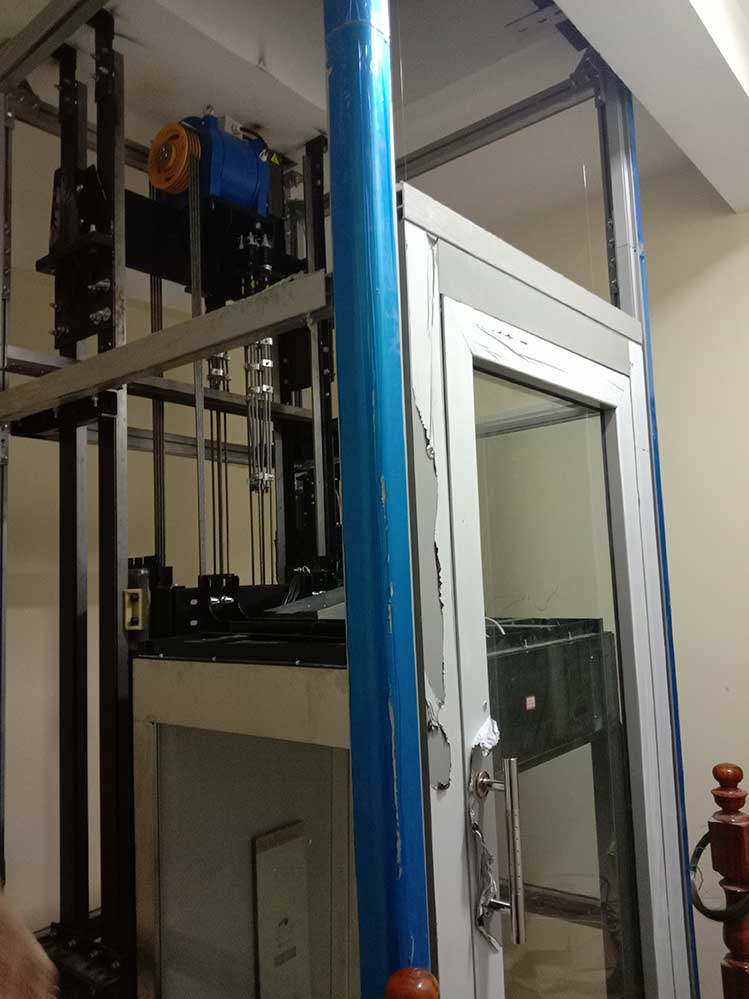 Khung thép thang máy gia đình getis tại Cát Bà