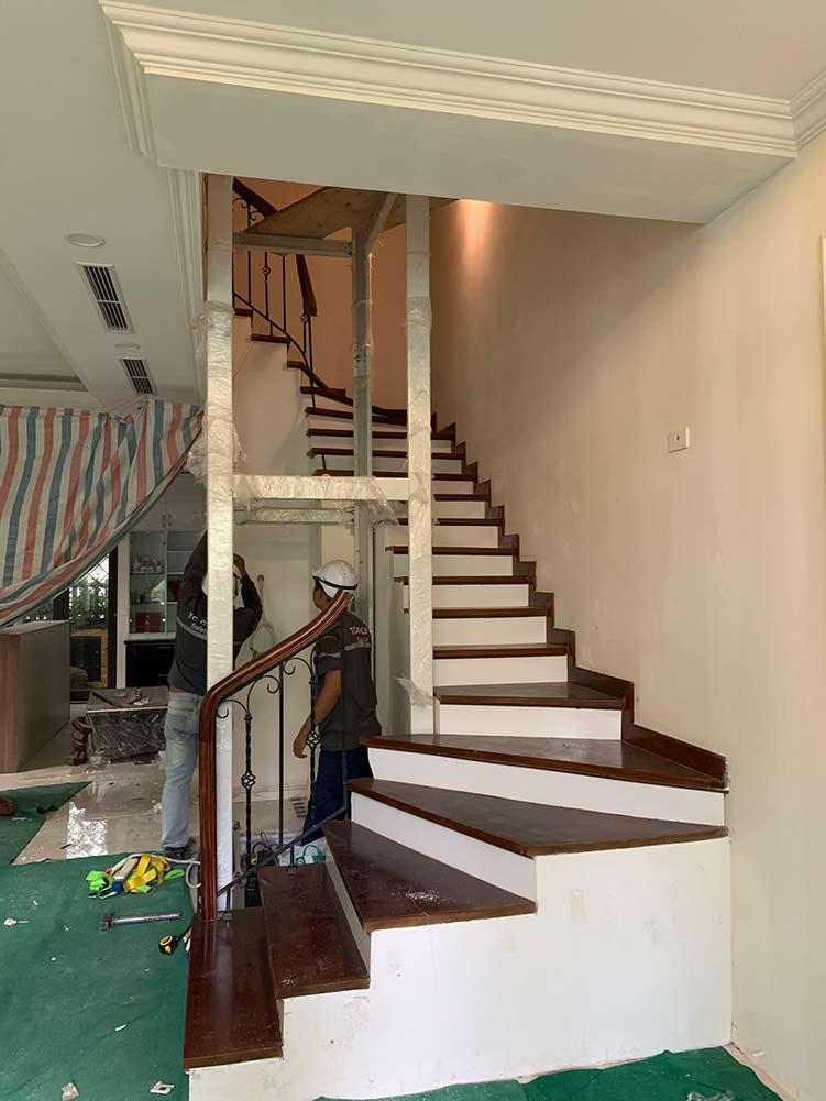 Khung thép thang máy gia đình tại hà nội