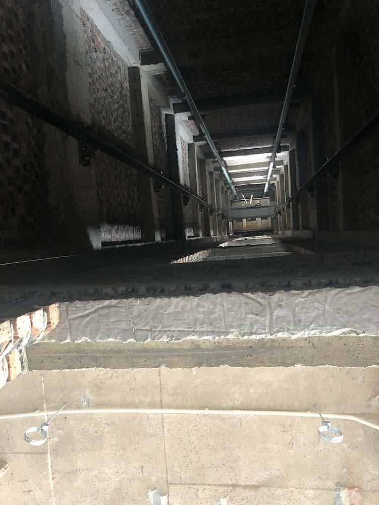 Phòng thang máy gia đình getis